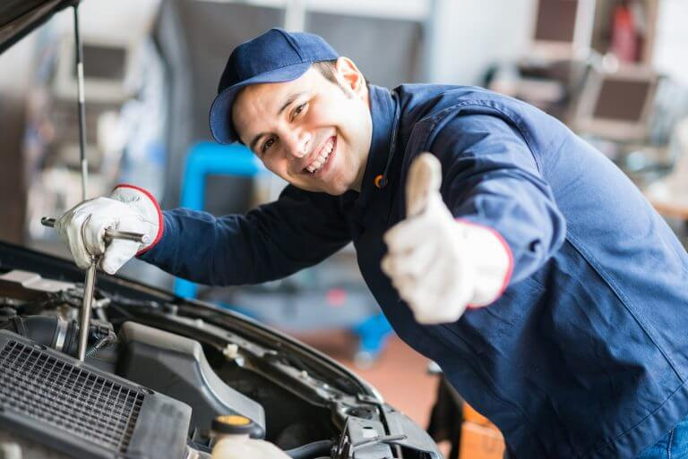 electric-cars-in-Dubai-maintenance-free