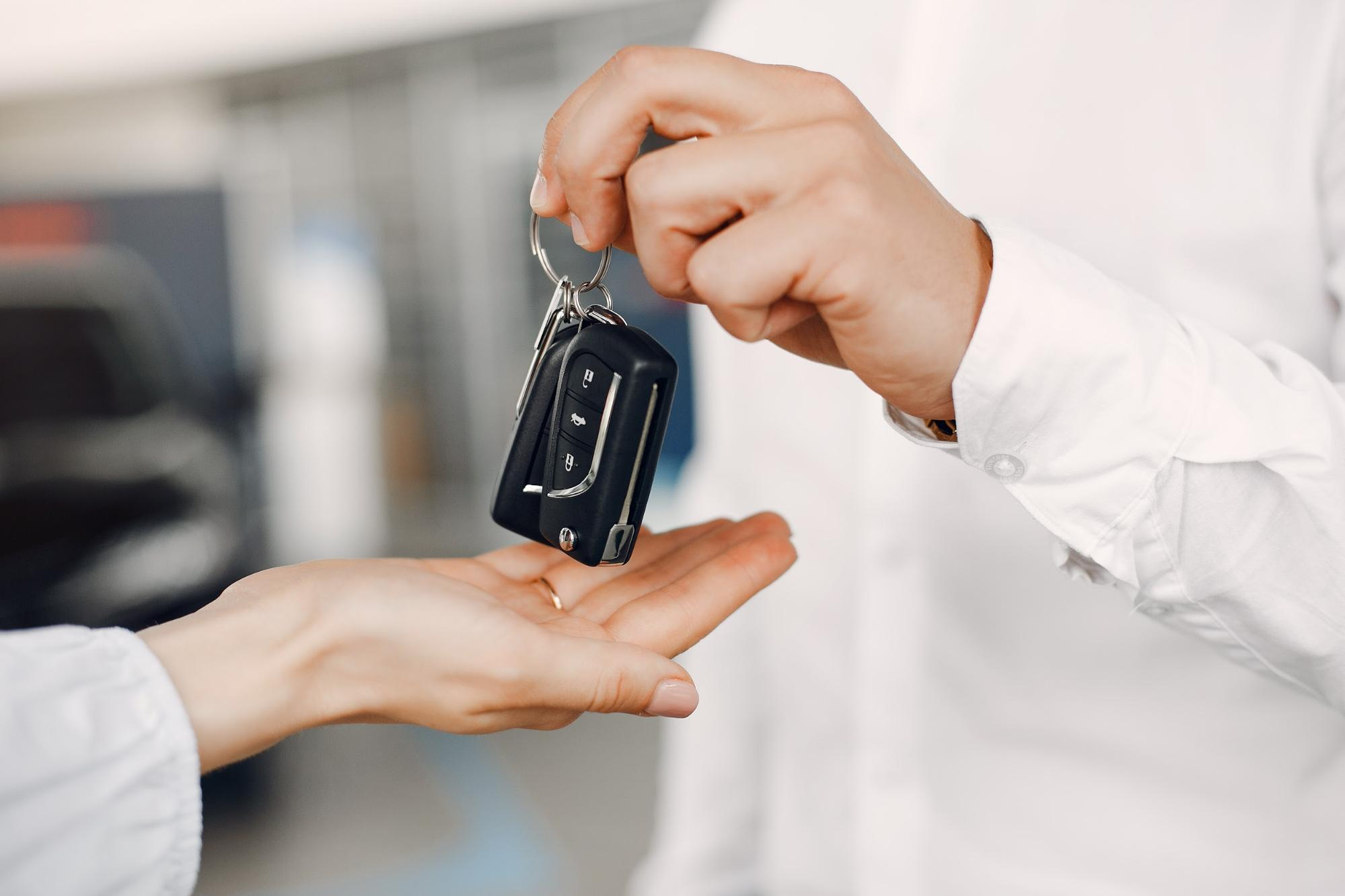 Buying car in Dubai