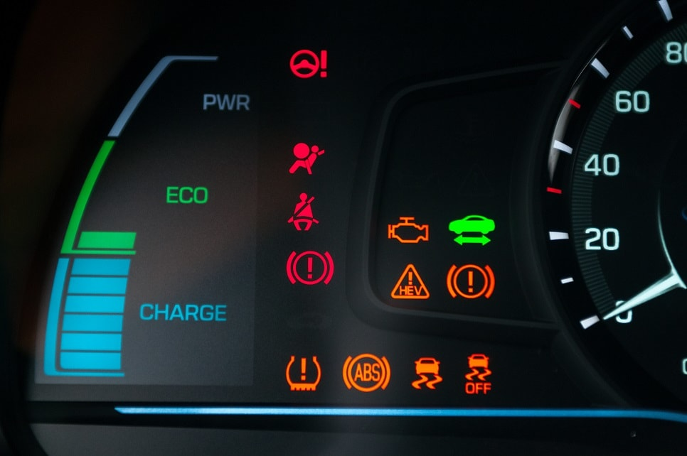 5 Warning Lights that you should never Ignore Dubai