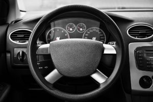 steering-wheel-locks-up-while-driving