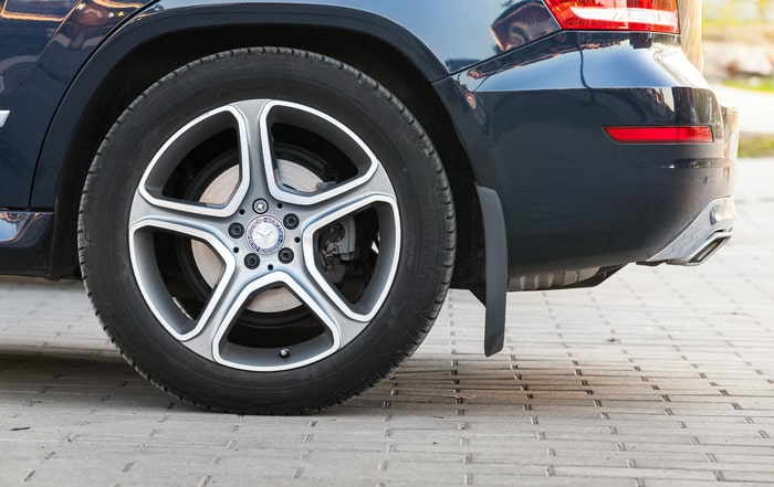 How wheel alignment affects your Mercedes